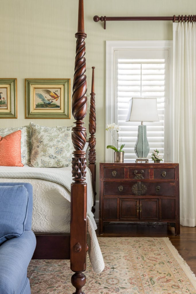 Asian Accents with British West Indies Four Poster Bed