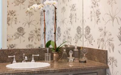 5 Expert Tips for a Powder Room Revamp